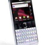 Acer beTouch E210 –  Teléfono atractivo con teclado QWERTY
