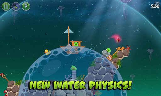 Angry Birds Space  en el agua