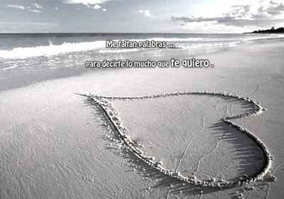 un corazon en la playa imagen para etiquetar