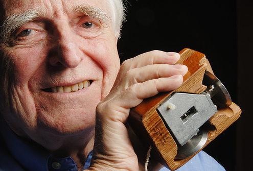En la imagen Douglas C. Engelbart