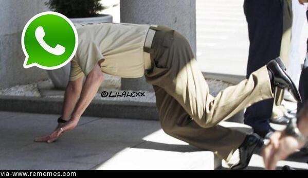 Whatsapp caido en meme